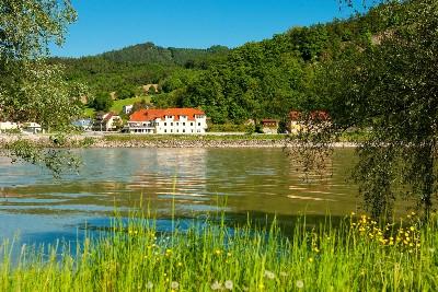 Großansicht Donaulandschaft