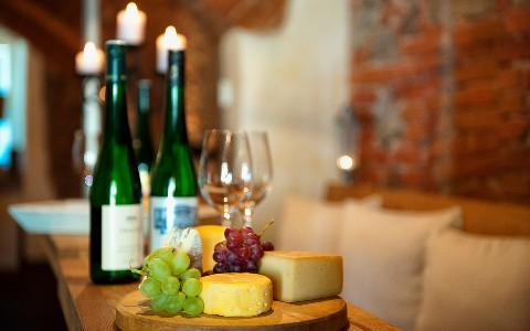 Wein und Käse aus der Region Wachau
