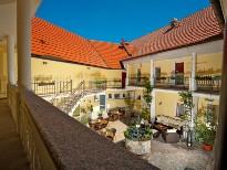 Hotelhof im Hotel Residenz Wachau